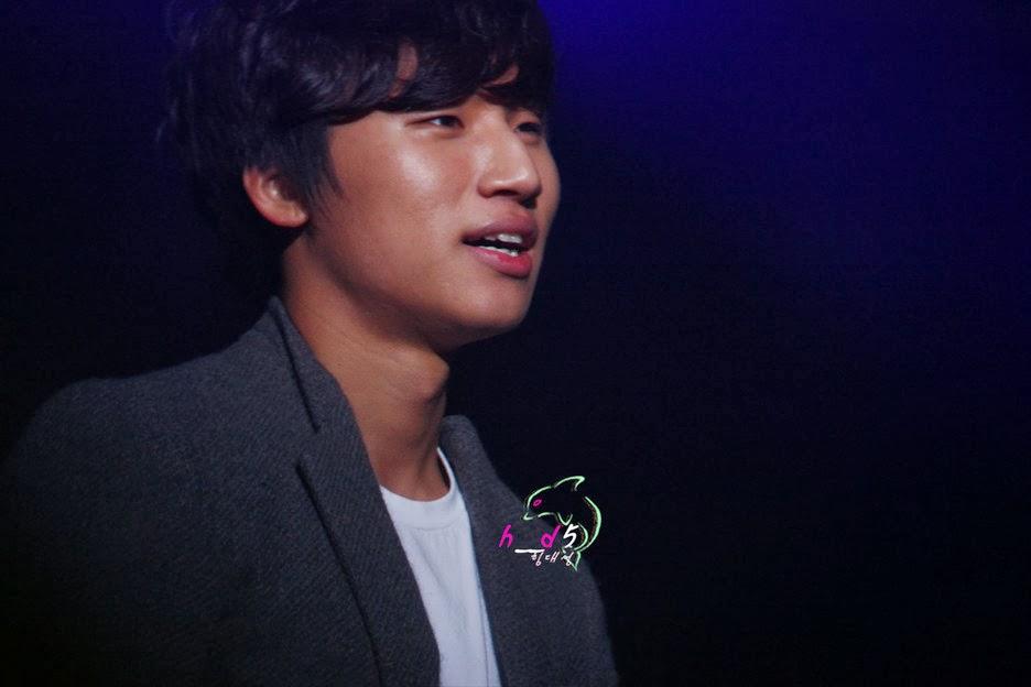 http://1.bp.blogspot.com/-WklHQTNInCQ/TvMAgAHGRmI/AAAAAAAAPM4/YfXxBSyePwk/s1600/Daesung_016.jpg