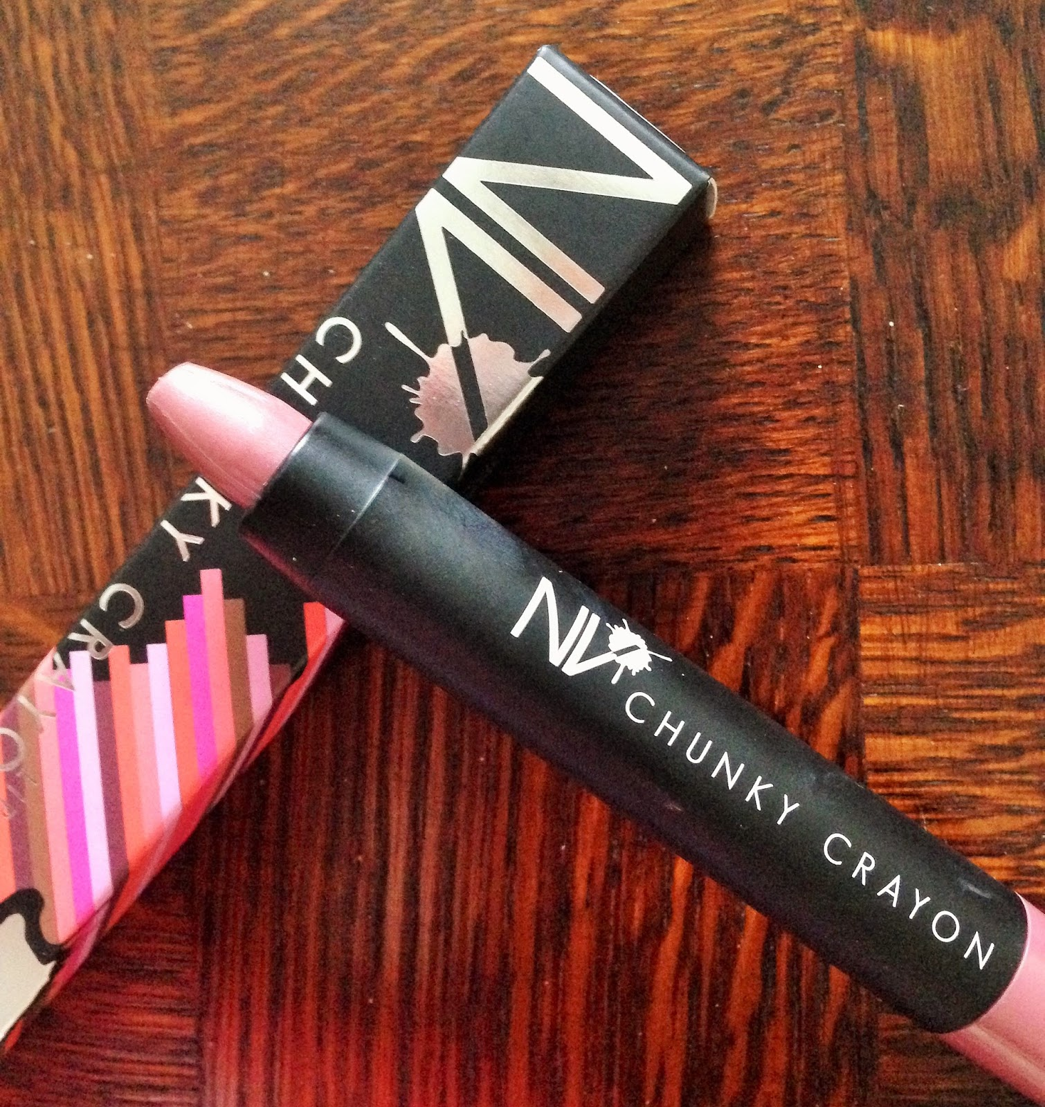 NV Colour Cosmetics Chunky Lip Crayon in Mocha Review Swatch