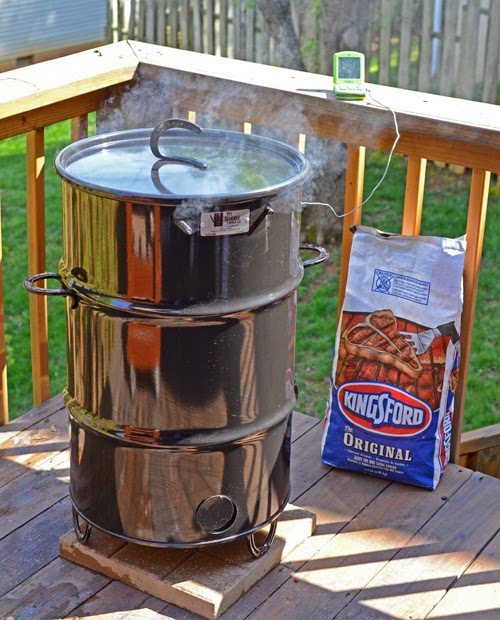 Pit Barrel Cooker, Kingsford blue bag,