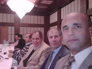 القنصل المصري مع رئيس الحزب