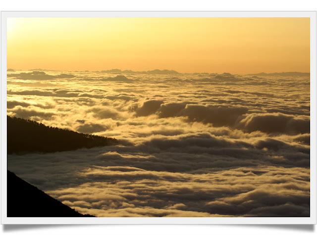 el desvan sobre las nubes: