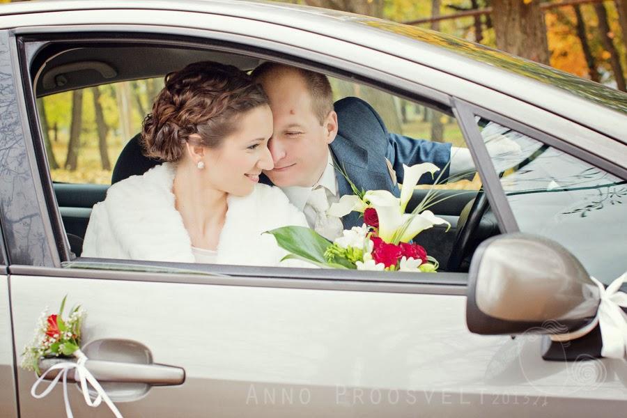 pruutpaar-autos-fotopesa