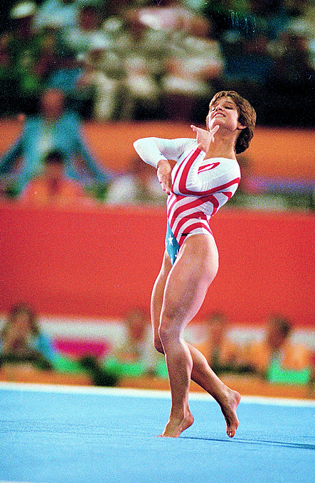 lou retton olympic floor routine 28 images carl lewis  : MaryLouRettongymnastandOlympicperformancePhotoshoots282729 from www.wolfcreekmalls.com size 443 x 680 jpeg 452kB