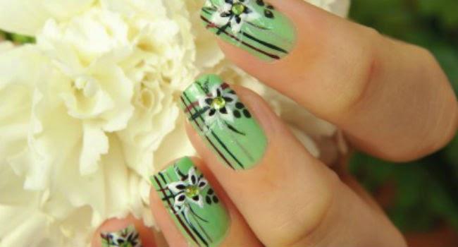 uñas verdes