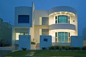 homes are usually rectangular boxy and horizontal but come in many variations today theyre clad in smooth white stucco earthy tan or occasionally - Contemporary Style Homes