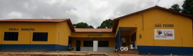 Prefeito de Tufilândia substitui casebre por escola digna