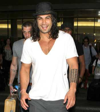New Conan the Barbarian trailer Jason Momoa muscle arrive in Tinseltown