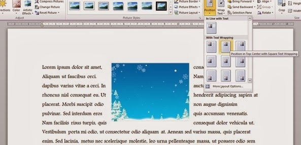 Posisi gambar di tengah atas dokumen