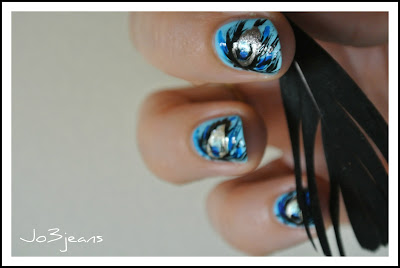nail art, inspiration, Pshiiit, anniversaire Camille, bird of paradise, nail art paon, paon, bleus,