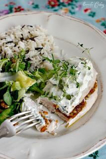http://www.everydaycooking.pl/2012/04/piersi-kurczaka-z-morelowa-pasta-i.html