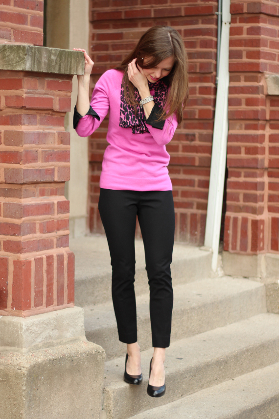 StyleSidebar - black collar &amp; cuffs with hot pink