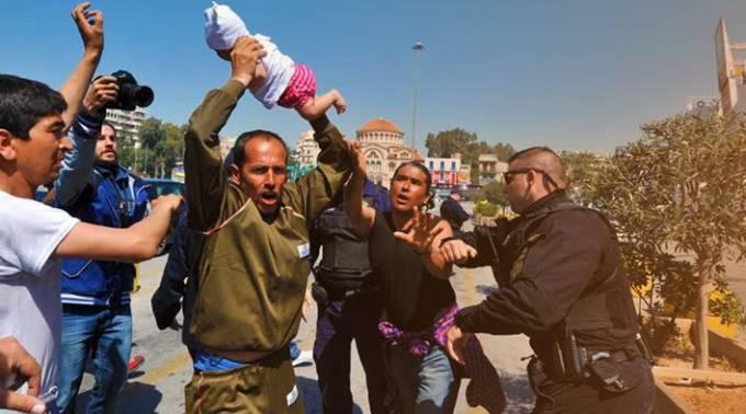 Νέα επεισόδια στον Πειραιά με λαθρομετανάστες: Απείλησαν να πετάξουν μωρό σε Λιμενικό - ΒΙΝΤΕΟ