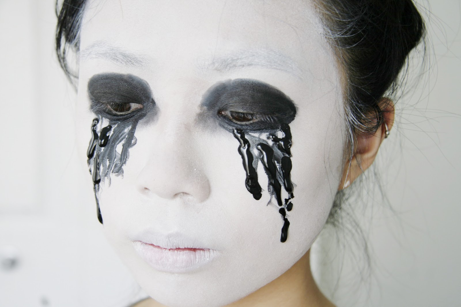 100+ [ Black And White Makeup Ideas For Halloween ] | Black Tie ...
