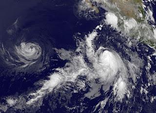 FABIO übernimmt das Kommando im Nordost-Pazifik, Hawaii, Mexiko, aktuell, Satellitenbild Satellitenbilder, Emilia, Fabio, Juli, 2012, Hurrikansaison 2012, Pazifische Hurrikansaison, Nordost-Pazifik, Puerto Vallarta,