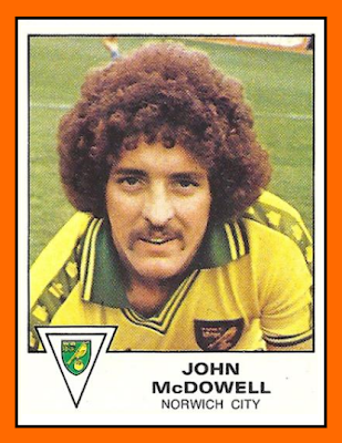 http://1.bp.blogspot.com/-WnggnMwLqoc/UMPMgluB9zI/AAAAAAAAgYc/_eHNVVoaZQg/s400/08-John+McDowell+Panini+Norwich+City+1980.png