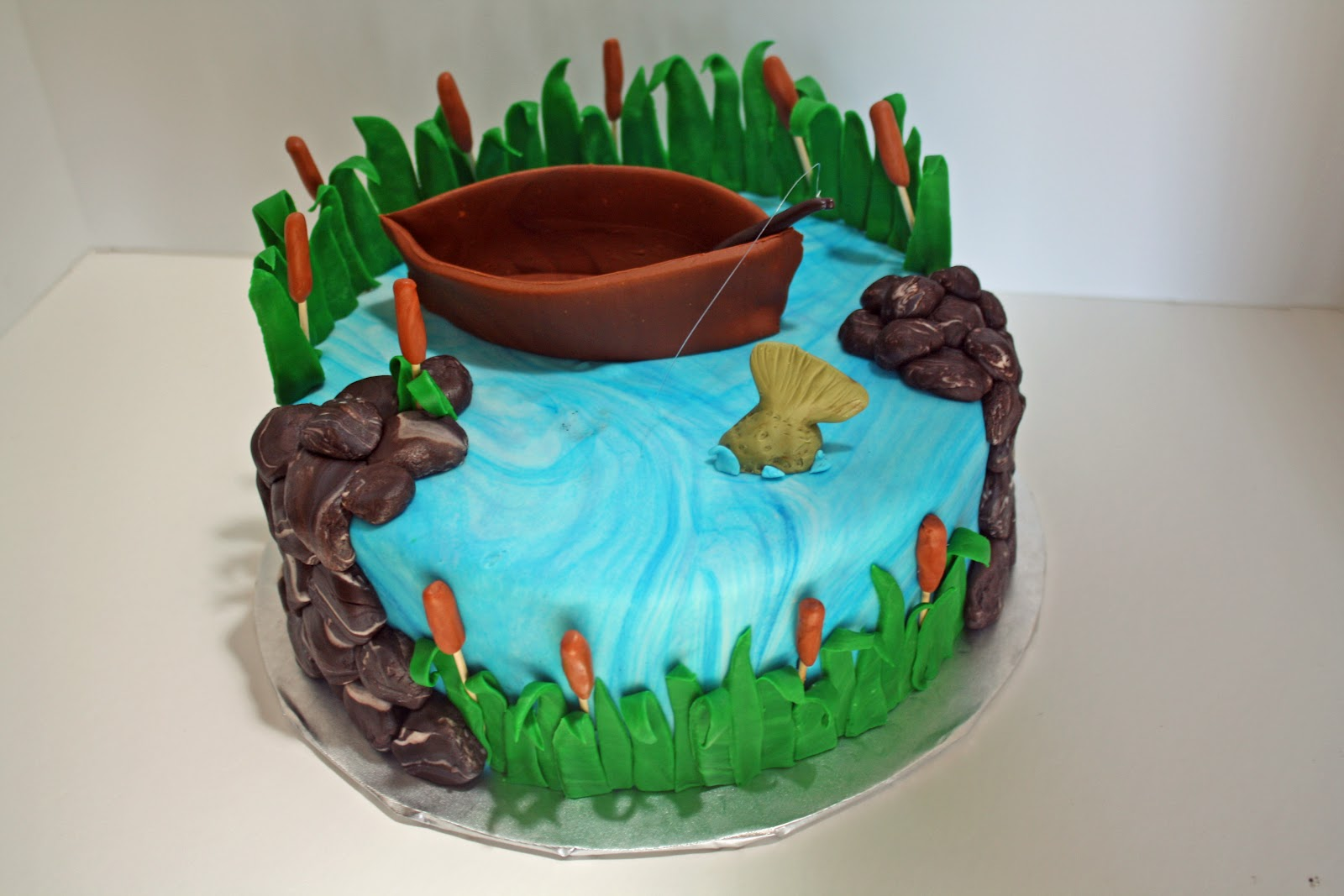 Sab cakes fishing cake for Fishing birthday cake