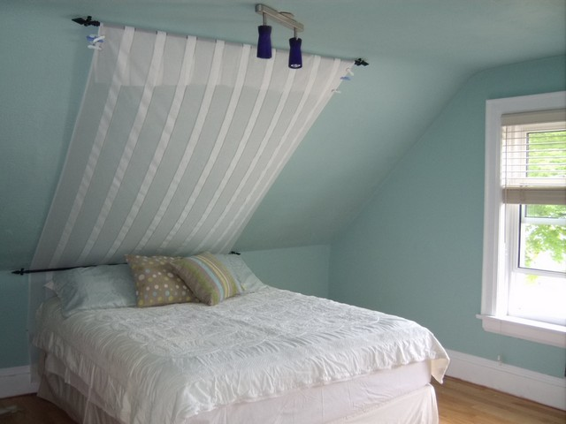 Image Result For Where To Put Your Bed In A Small Room