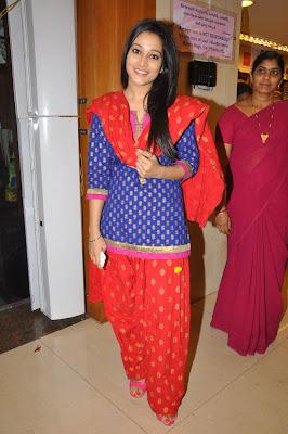 ritu barmecha at india shopping mall actress pics