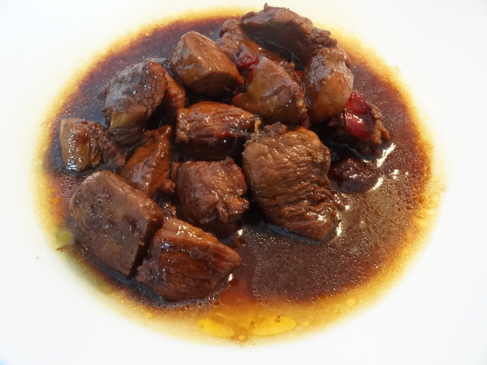 http://1.bp.blogspot.com/-Wnw4PCxTV88/UaPGOVjF9EI/AAAAAAAAHhE/6muW2obnufU/s1600/surinaams+eten,suriname,javaans-surinaams,surinaamse+recepten,javaans-surinaams,surinaamse+kip,javaanse+kip,indisch+eten,indonesische+recepten,kip+met+ketjap,ajam+ketjap.JPG