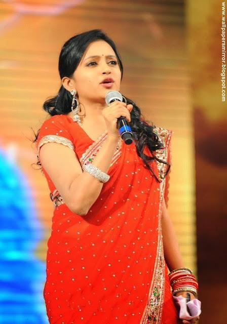 Most papular TV Anchor suma beautiful photos