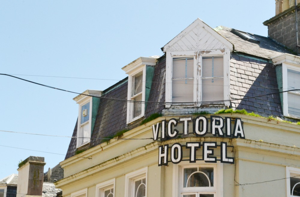 victoria hotel nairn old sign