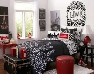 Dormitorio juvenil gris y rojo