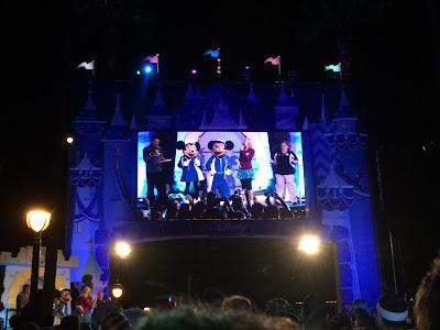DisneylandHalfStartingLine