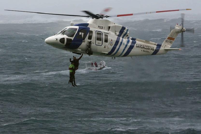 Rescate de un Surfer en proximidades de Cabo Silleiro