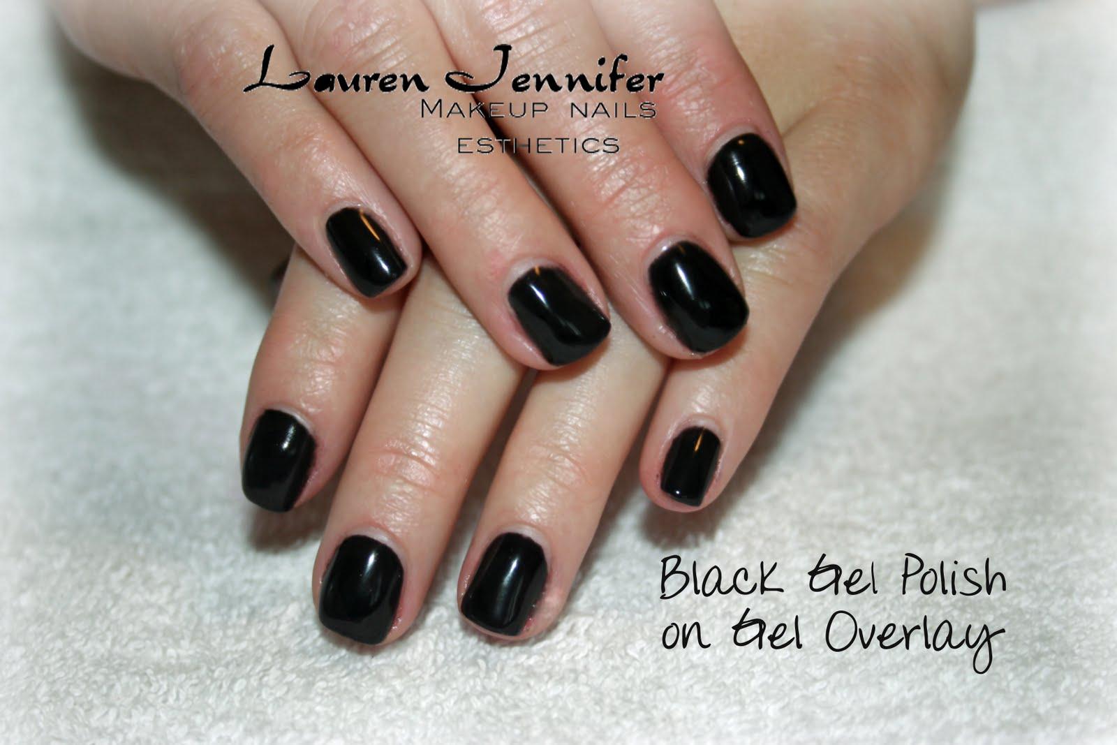Black+Gel+Polish+on+Gel+Overlay.jpg