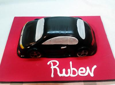 Tarta con forma de coche 3D