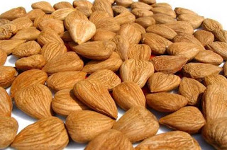 Amygdalin(Vitamin B17 or Laetrile) is found in apricot seeds