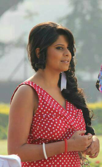 sai tamhankar photos8