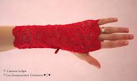 mitaines très sexy en dentelle rouge de calais idéal pour femme glamour raffinée aimant la lingerie haut de gamme et de luxe