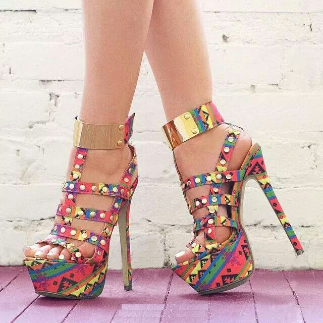 House of seraph ankara inspired high heel sandals our do it yourself post is coming soon for now enjoy your trip to the world of ankara inspired heels hope you get to love it solutioingenieria Image collections
