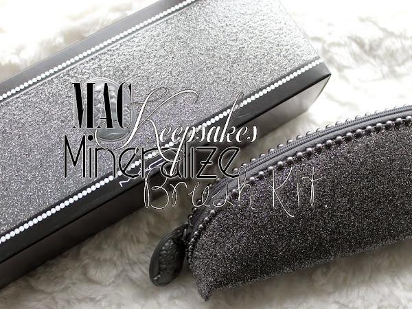 MAC Keepsakes Mineralize Brush Kit.