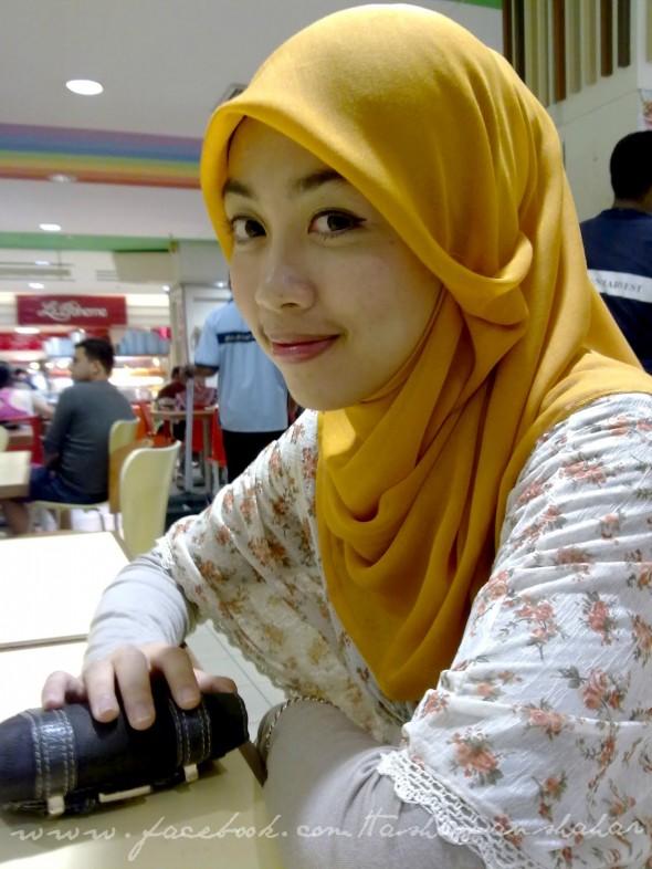 Awek Melayu Pakai Tudung Main Video Lucah,Foto