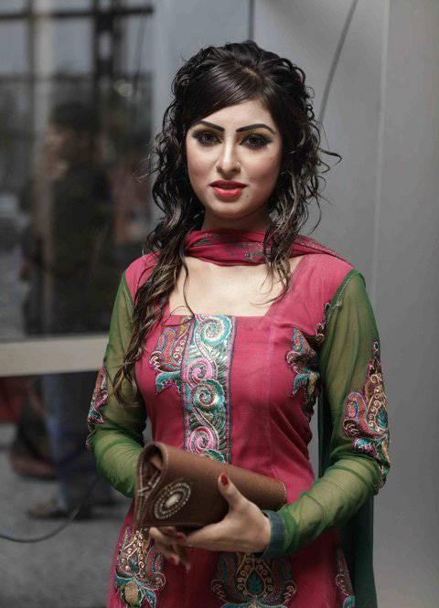 BD Drama Celebs Anika Kabir Shokh Latest New PictureImagePhotos glamour images