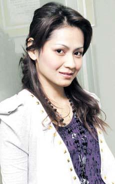 gosip yang mengatakan Saida bakal berkahwin dengan penerbit drama