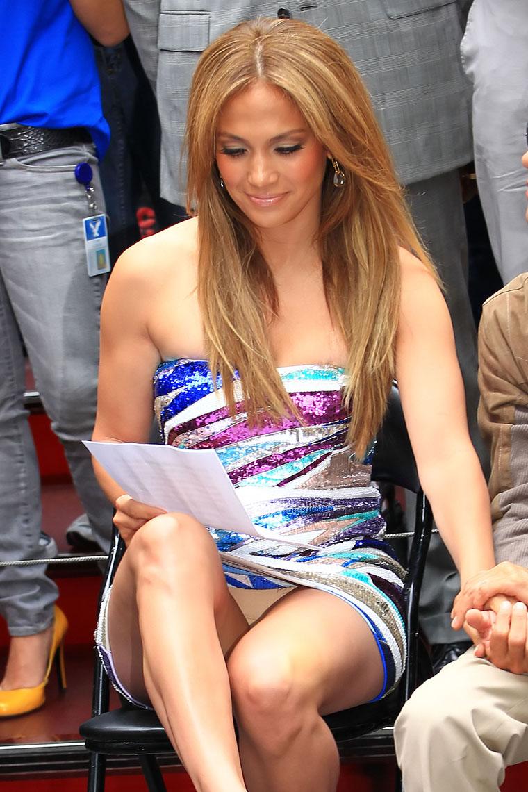 Actress To Be: Jennifer Lopez Sexy Upskirt & High Visible
