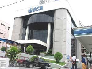 Lowongan Kerja Terbaru Bank BCA Juli 2013