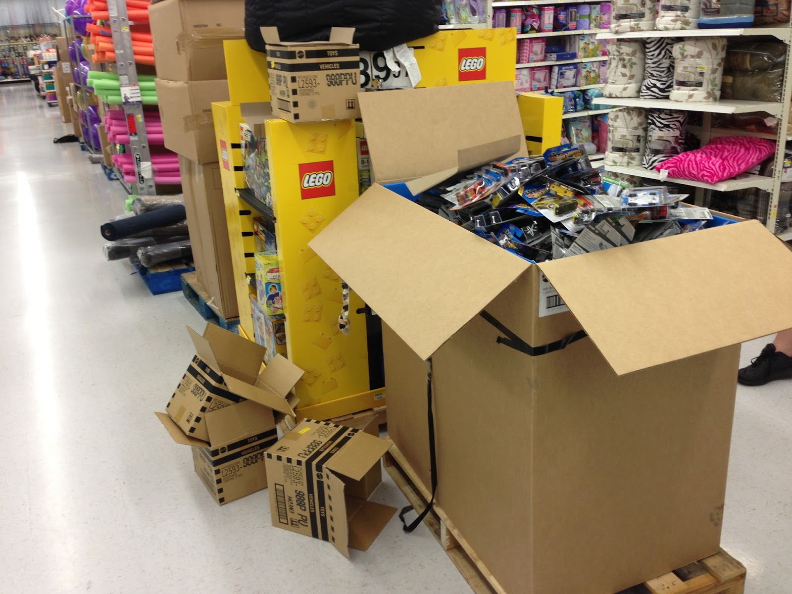 Walmart Hot Wheels Case