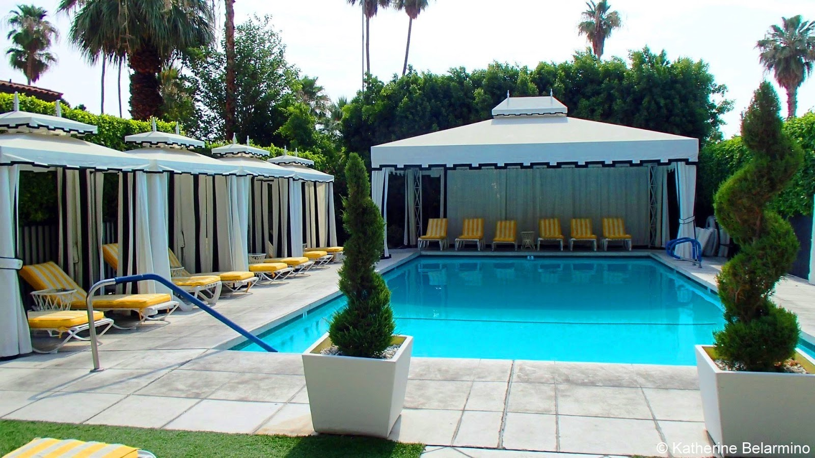 The perfect girls weekend getaway in palm springs for Viceroy palm springs restaurant