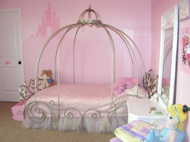 Here Is An Some Picture For Designs For Little Girls Bedrooms. Hopefully  These Suggestions Will Give You A Little Inspiration When It Comes To  Decorating ...