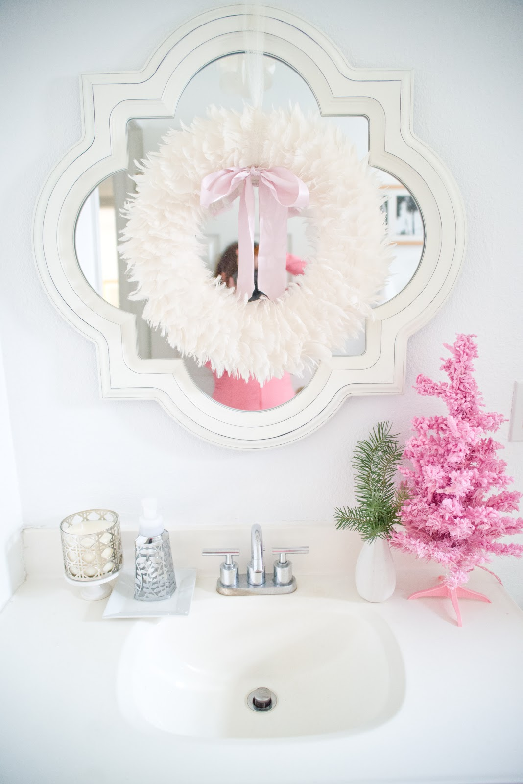 Domestic fashionista christmas home tour 2012 for Bathroom decor for christmas
