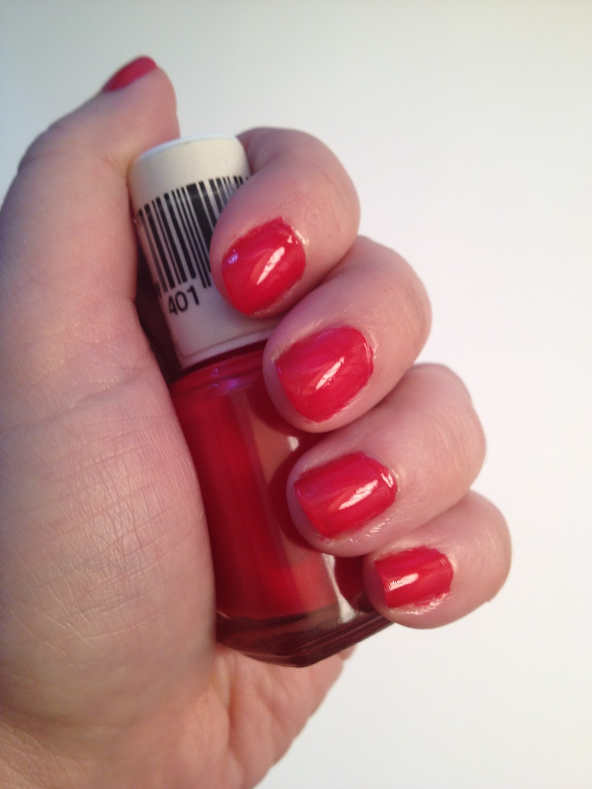 nycmakeuplover : Nail of the Day-Essie Lollipop