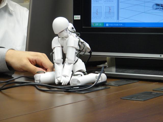 Qumarion sentado, mannequin Japonés para manipulación 3D