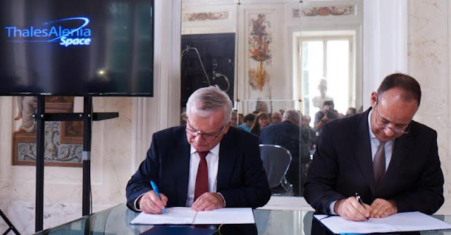 Thales Alenia Space Polska agreement signing on June 8, 2015. Image Credit: Thales Alenia Space/Glaubicz Garwolińska Consultants