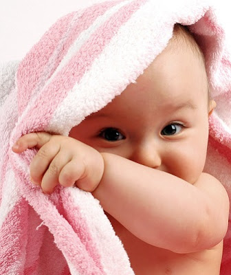 Free Baby Mobile Wallpapers, Cute Baby Themes For Mobile, Cute Baby Photos :  baby wallpapers baby mobile mobile wallappers themes