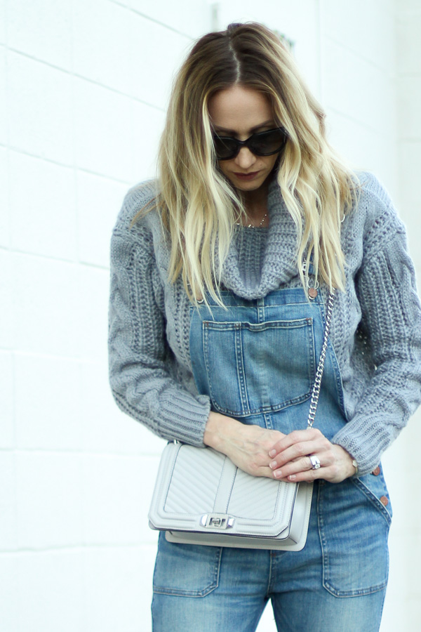 grey chunky knit sweater fall style fall fashion