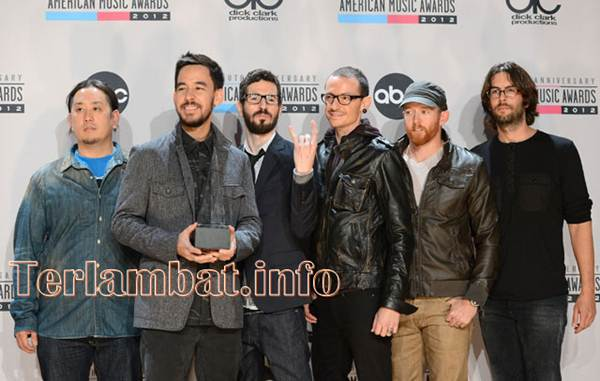 Pemenang American Music Awards 2012